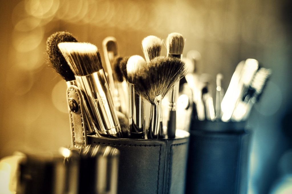 Beauty Industry Statistics - Makeup Brushes